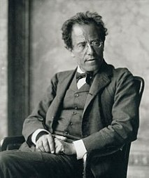 220px-Photo_of_Gustav_Mahler_by_Moritz_Nähr_01.jpg