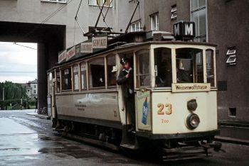 JHM-1965-0487_-_Linz_tramway_(retouched).jpg